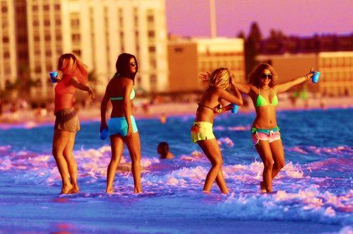 Φοιτητές,beach parties, ellada 2015, apagorevete,adeies,εγκύκλιος