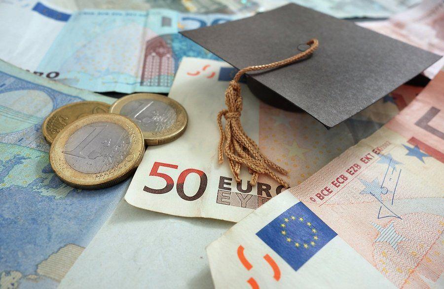 Φορολογικό Σοκ σε φοιτητές, άνεργους και υποαπασχολούμενους
